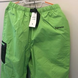 NEW NIkeLab x Supreme trail pants in green Large